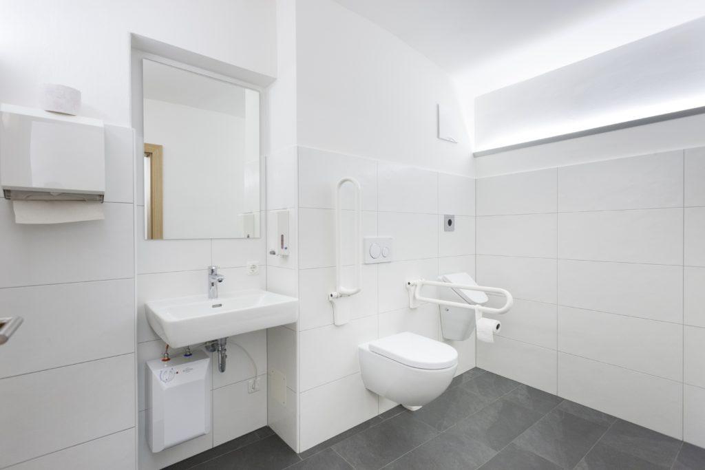 toilette neu notariat dr hans peter falkner lienz. Black Bedroom Furniture Sets. Home Design Ideas
